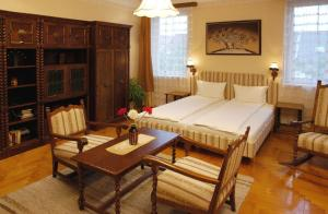 Hotel Manzard Panzio, Bed & Breakfast  Budapest - big - 29