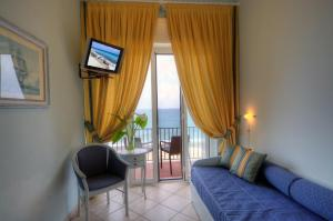 Hotel Albatros, Hotel  Varigotti - big - 43