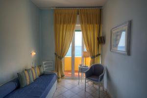 Hotel Albatros, Hotel  Varigotti - big - 36
