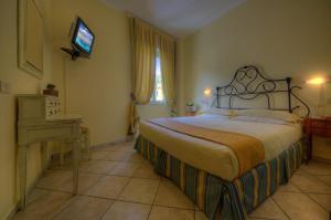 Hotel Albatros, Hotel  Varigotti - big - 90