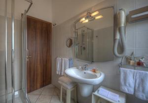 Hotel Albatros, Hotel  Varigotti - big - 79