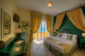 Hotel Albatros, Hotel  Varigotti - big - 34