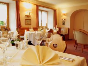 Hotel Schweizerhof Sta Maria, Отели  Санта-Мария-Валь-Мюстаир - big - 33