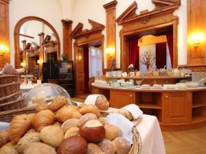 Hotel Schweizerhof Sta Maria, Отели  Санта-Мария-Валь-Мюстаир - big - 45