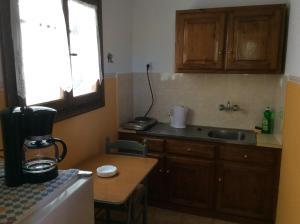 Eriketi Studios, Apartments  Agia Marina Aegina - big - 16