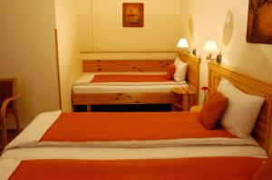 Hotel Manzard Panzio, Bed & Breakfast  Budapest - big - 3