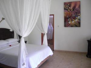 Villa Bugis Kalibaru, Penzióny  Kalibaru - big - 14