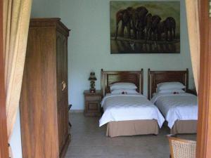 Villa Bugis Kalibaru, Penzióny  Kalibaru - big - 2