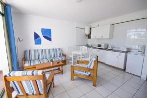 Apartamentos La Peñita, Apartments  Puerto del Carmen - big - 35