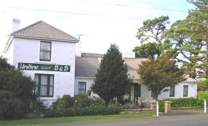 Undine Colonial Accommodation, Bed and breakfasts  Hobart - big - 1
