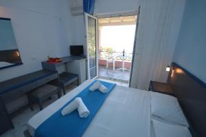 Hotel Elena Ermones, Hotely  Ermones - big - 6