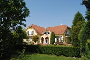 Villa Hedi Panzió