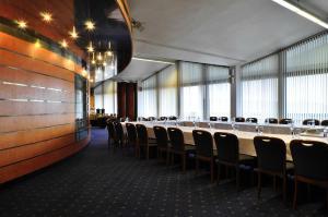 Hotel Olympik, Отели  Прага - big - 35