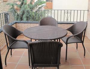 Apartamentos Artigot, Apartmány  Gea de Albarracín - big - 11