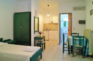 SelenaView Apartments, Апартаменты  Малиа - big - 37