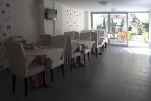 Hotel Life, Hotely  Herakleion - big - 76