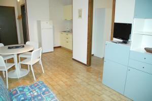 Residence Schubert, Apartmány  Lignano Sabbiadoro - big - 74