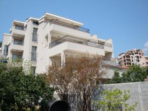 Pima Apartmani, Bed & Breakfast  Budua - big - 1