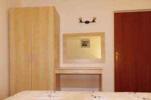 Apartments Medena, Ferienwohnungen  Trogir - big - 6