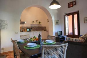 Residence Salina - Acquarela, Apartmanok  Malfa - big - 34