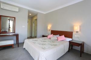 Summer Hotel, Hotels  Akyaka - big - 10