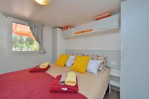 Campsite Sunny Home Soline, Комплексы для отдыха с коттеджами/бунгало  Биоград-на-Мору - big - 43