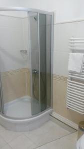 Marlen Hotel, Отели  Ровно - big - 11