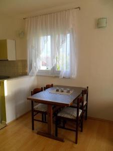 Apartment Vienna, Apartmanok  Drežnik Grad - big - 12