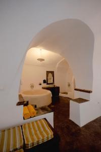Santorini Heritage Villas, Vily  Megalokhori - big - 105