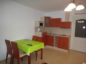 Lovagvár Apartments, Apartmanok  Gyula - big - 3