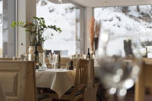 Hotel des Alpes, Hotels  Flims - big - 113