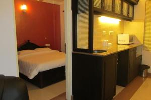 Royal Castle Service Apartment, Appartamenti  Nedumbassery - big - 11