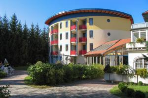 Hotel & Kurpension Weiss