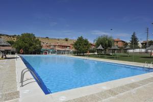Apartamentos Turisticos Veladiez, Ferienwohnungen  La Lastrilla - big - 27