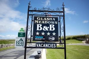 Glasha Meadows B&B, Отели типа «постель и завтрак»  Дулин - big - 83