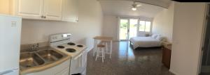 Deluxe Studio with Kitchen