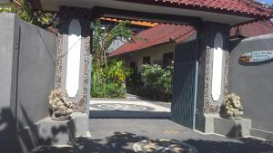 Jimbaran Home Stay Bali, Homestays  Jimbaran - big - 39