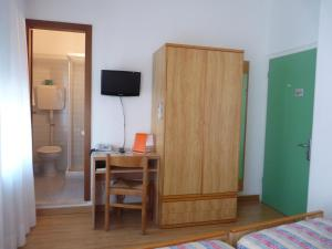 Hotel Alpino, Szállodák  Malcesine - big - 39