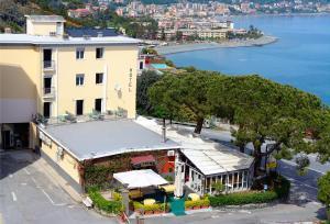 Hotel Puntabella - AbcAlberghi.com
