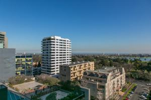COMPLETE HOST St Kilda Rd Apartments, Апартаменты  Мельбурн - big - 22