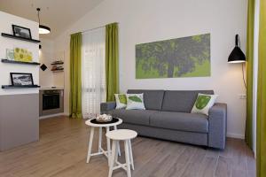 Holiday Homes Oliva, Ferienhäuser  Bol - big - 80