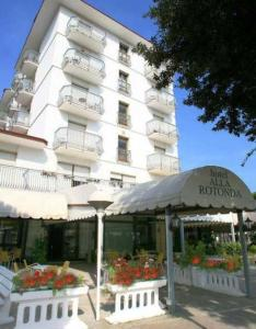 Hotel Alla Rotonda, Hotely  Lido di Jesolo - big - 1