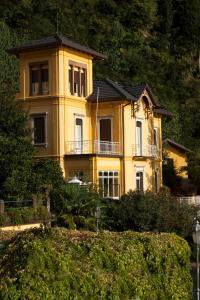 Villa Torretta, Гостевые дома  Варенна - big - 48