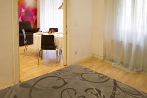 Foster Apartamentos Sol, Apartmanok  Madrid - big - 28