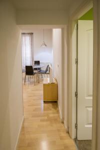 Foster Apartamentos Sol, Apartmanok  Madrid - big - 30