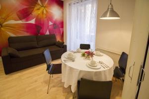 Foster Apartamentos Sol, Apartmanok  Madrid - big - 32