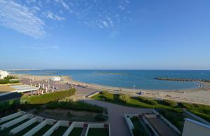 Résidence de Tourisme l'Albatros, Apartmány  Palavas-les-Flots - big - 7