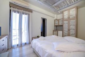 Ifestos Villa, Aparthotely  Fira - big - 43