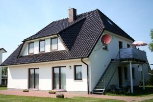 Ferienwohnung am Dorfrand, Apartmanok  Wieck - big - 1