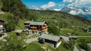 Hotel Alpenblick, Hotely  Zeneggen - big - 1